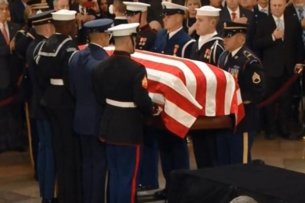 В США прощаются с Джорджем Бушем-старшим