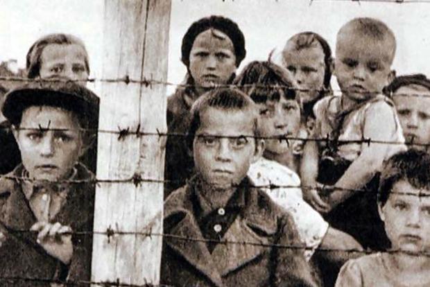 Жертвам тоталитарных режимов предоставили новые льготы