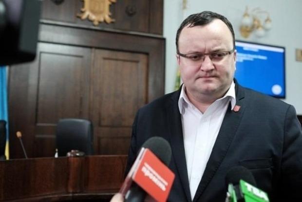 Горсовет Черновцов объявил импичмент мэру города