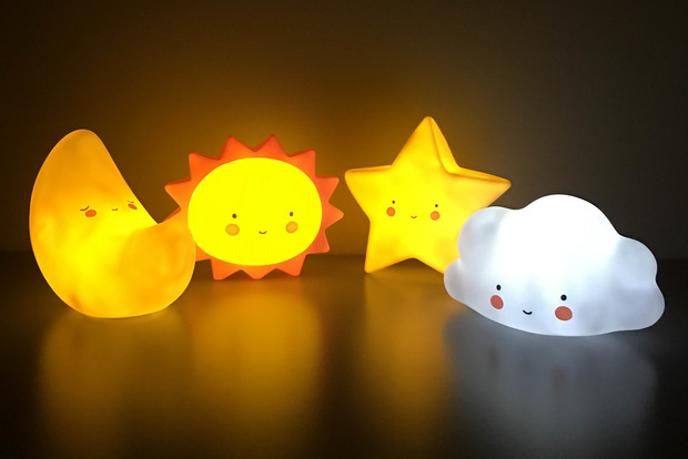 Вчені виявили смертельну нічних світильників