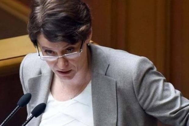 Депутатам рекомендуют поддержать изменения в Налоговый кодекс, повышающие акцизы на табак и алкоголь