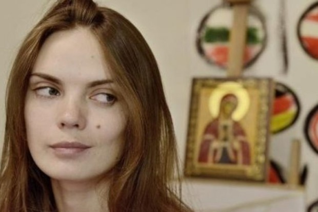 Жила как нищая и умерла в шкафу. Подруга основательницы Femen рассказала о последних днях ее жизни