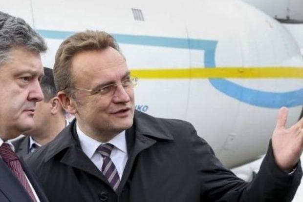 Садовый написал письмо Порошенко: Закарпатье отрезали от Украины