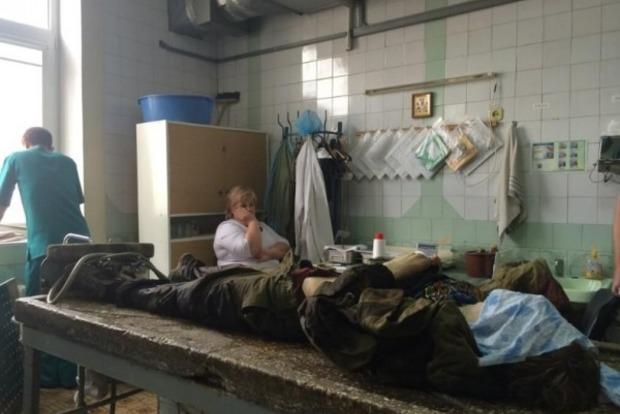 На вулицях Донецька щодня знаходять покинуті трупи бойовиків