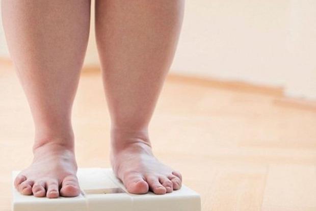 Негайно з'їжджайте: медики перерахували наслідки життя біля доріг