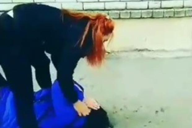 В Запорожье ПТУшница зверски избила ровесницу и похвасталась в соцсетях