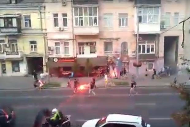 В центре Киева подрались футбольные фаны, задержали 9 участников