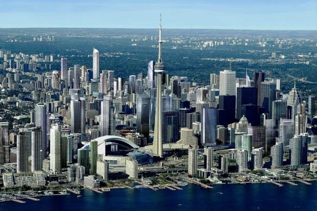 Полиция перекрыла центр Торонто после взрыва