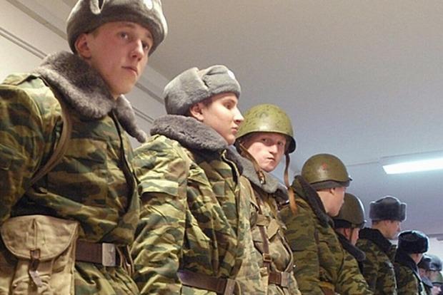 Расстрелявшего сослуживцев российского военного убили при задержании