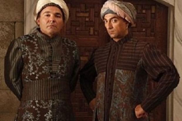 Не евнух - брутальный красавчик. Как выглядит сейчас Сюмбюль-ага из «Великолепного века»