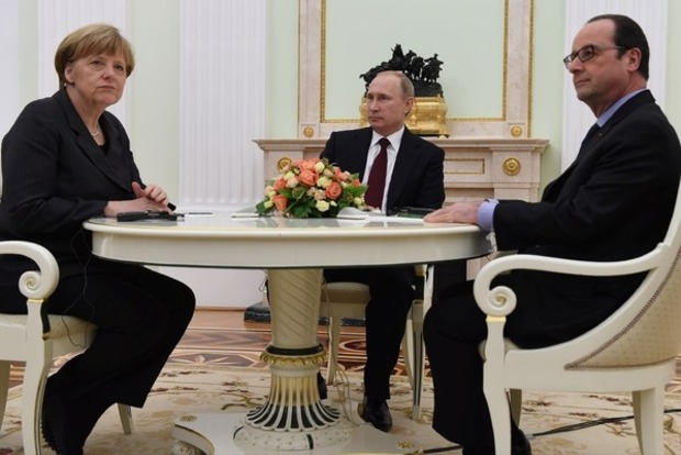 Меркель и Олланд обсудили с Путиным прекращение огня на Донбассе