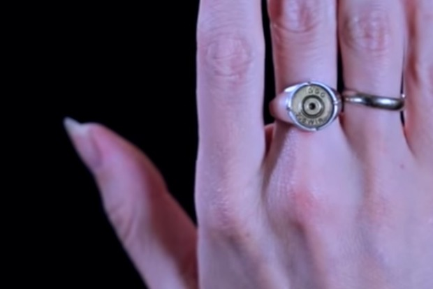 Зробила перстень на згадку про першого двохсотого. Одкровення дівчини-снайпера УДА