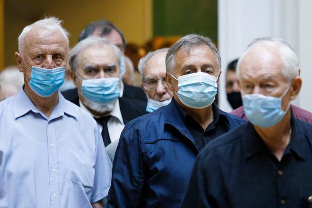 Начало недели без антирекордов: в Украине 8687 новых случаев коронавируса
