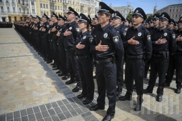В Украине правоохранители переходят на усиленный режим несения службы в праздничный период