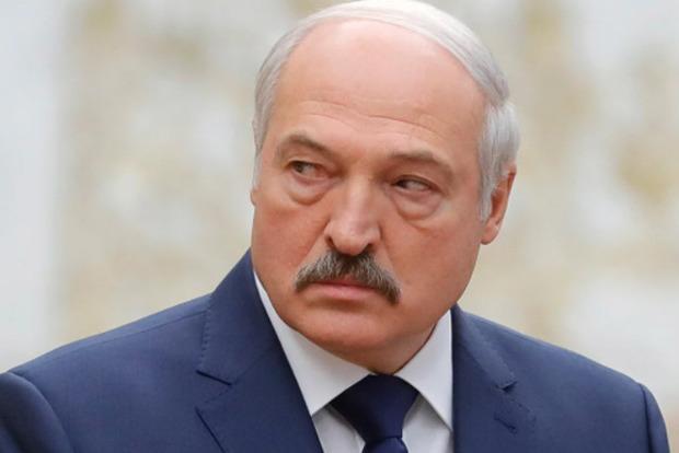 Лукашенко пригрозив протестувальникам фізичною розправою.