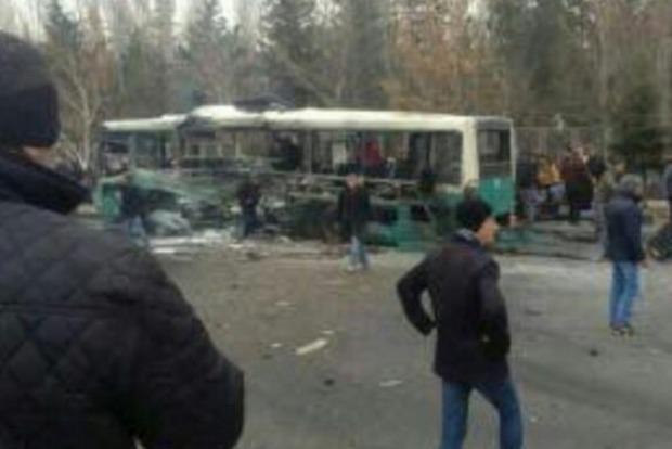 Теракт в Турции: погибли 13 военных, 48 получили ранения