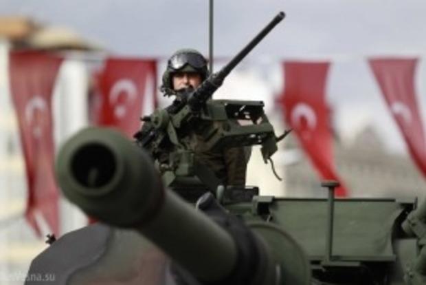 Вибух збройового складу в Туреччині: загинуло 7 солдатів, ще 25 поранені