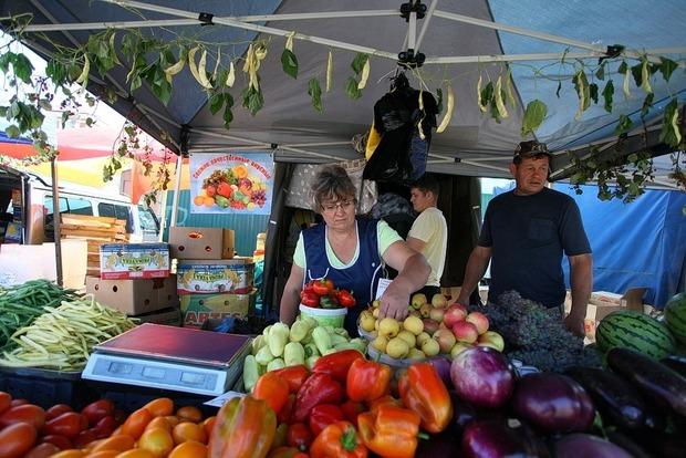 ВКиеве из-за жары остановили проведение продуктовых ярмарок