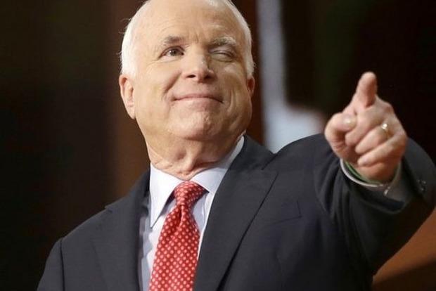 «Сенатор разбирается в лошадях»: украинские соцсети отреагировали на перепалку Маккейна и Лаврова