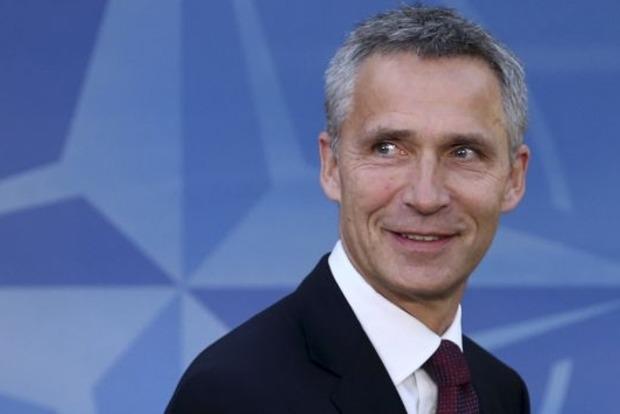 В понедельник в Украину приедет Генсек НАТО