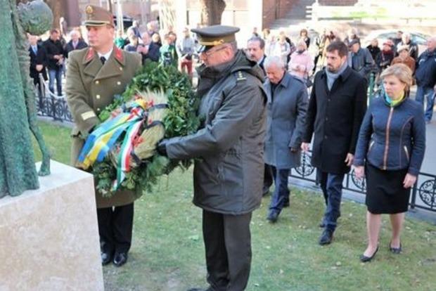 В Венгрии открыт памятник жертвам Голодомора в Украине