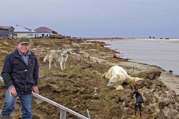 В России работников месторождения бросили без еды в окружении медведей