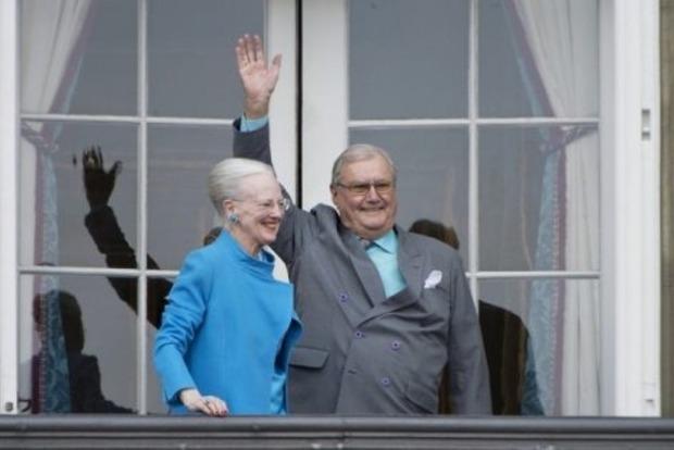 Умер муж королевы Дании