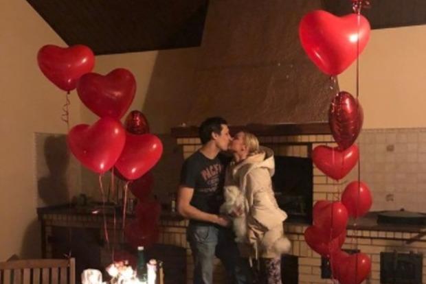 Волочкова показала поцелуй с новым возлюбленным