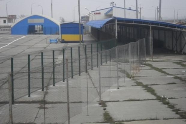 «Чонгар» возобновил пропуск автотранспорта