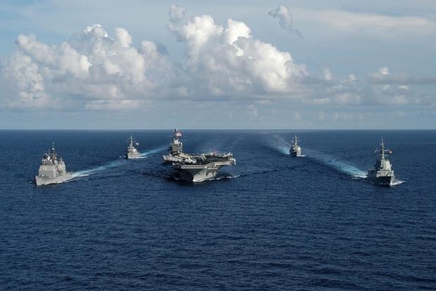 Пентагон: Авианосная группа США через четыре дня будет возле Корейского полуострова