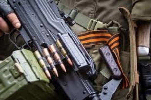 В Алчевске в ряды банд «ЛНР» зовут любителей приключений