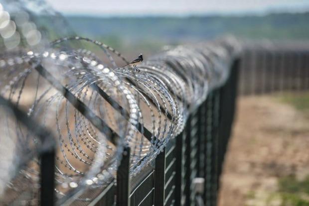 Оккупанты отделят Крым от Украины 50-километровым забором