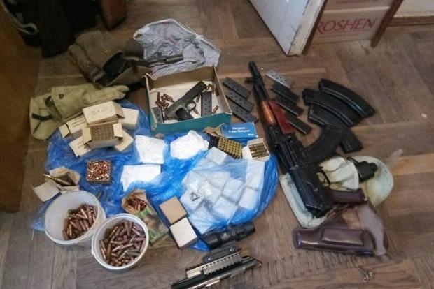 Винничанин организовал подпольную мастерскую по переработке оружия