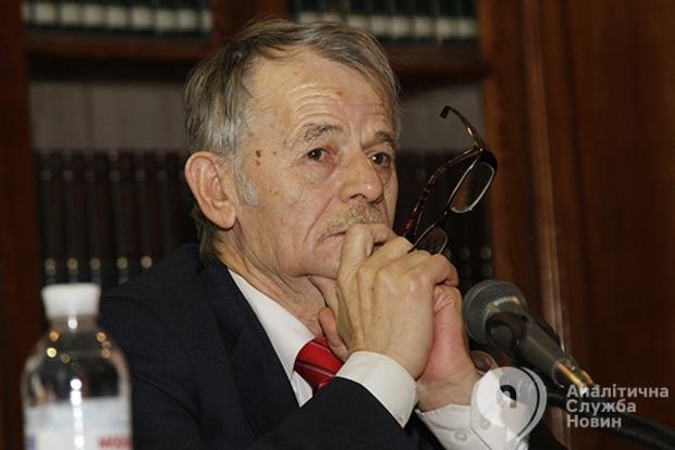 Джемилев заявил, что запрет Меджлиса равен объявлению войны