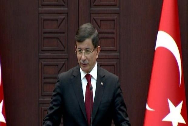 Давутоглу: Турция вправе отвечать, если нарушено ее воздушное пространство