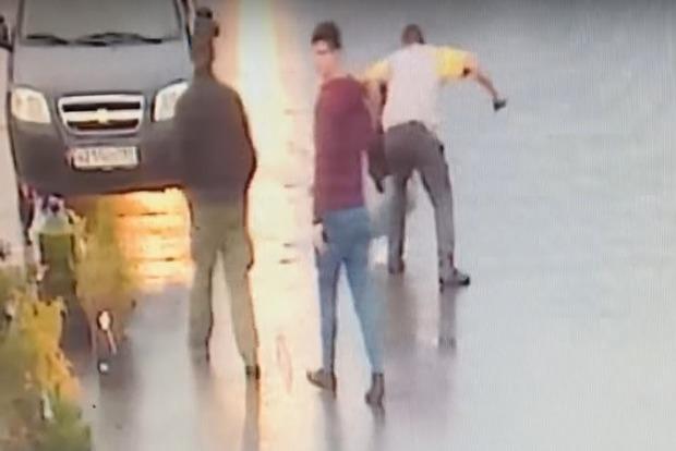 В России разъярённый клиент убил парикмахера шампуром