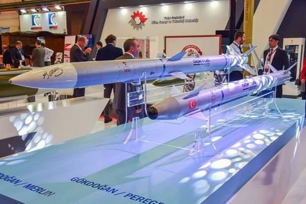Турция успешно испытала баллистические ракеты