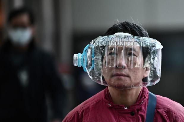 Какая маска лучше всего защищает от коронавируса и когда ее пора менять. Пояснение вирусолога
