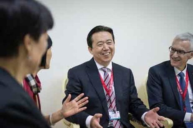 Интерпол требует от Китая сообщить место пребывания пропавшего президента организации