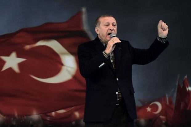 В Турции проходит референдум по усилению власти Эрдогана