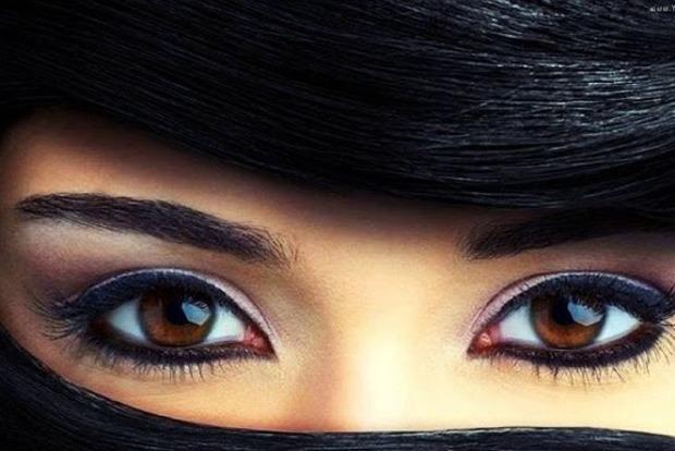 Чи вампіри? Міфи і факти про карі очі