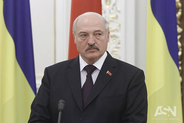 Лукашенко после инсульта пошел торговой войной на Россию