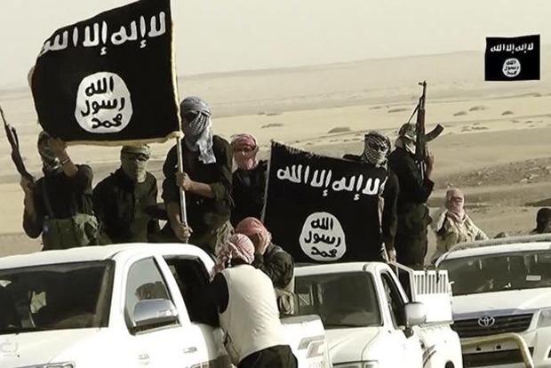 Войска Сирии с союзниками десантировались в тылу ИГИЛ в Ракке