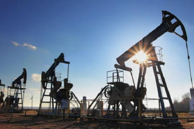 Нефть Brent торгуется выше $55 за баррель