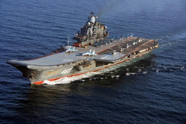«Главное, что пилот жив»: В Кремле прокомментировали падение истребителя с «Адмирала Кузнецова»