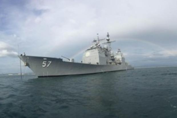 Американский военный корабль столкнулся с южнокорейскими рыбаками