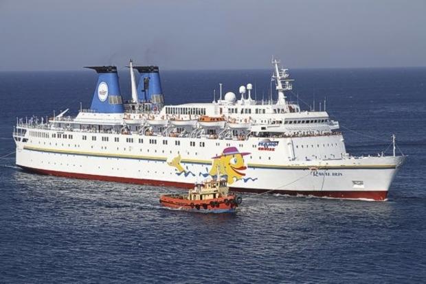 На российском круизном лайнере в Черном море объявили «учебную тревогу»