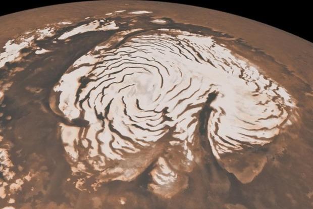 Ученые заметили на Марсе снежные бури