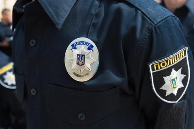 В Киеве школьницы помогли задержать извращенца