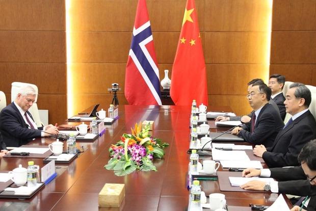 Норвегия после шестилетнего перерыва возобновила дипотношения с Китаем